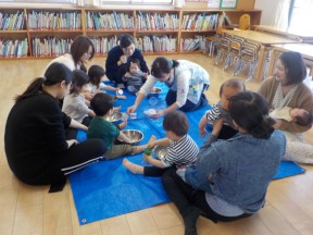Photo:4月18日(木)子育て支援の様子