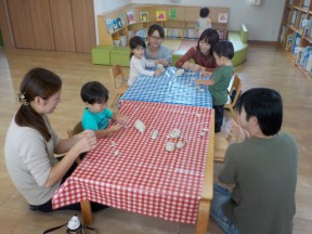Photo:10月8日(火)子育て支援の様子