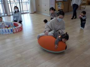 Photo:1月12日(火)子育て支援の様子